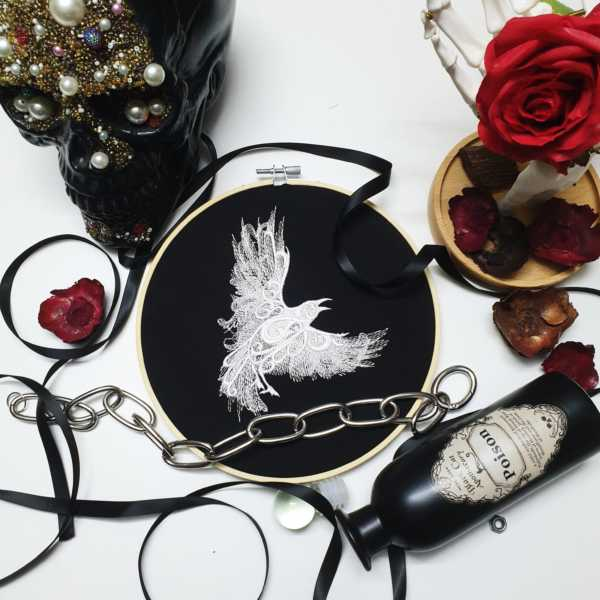 Lace Crow